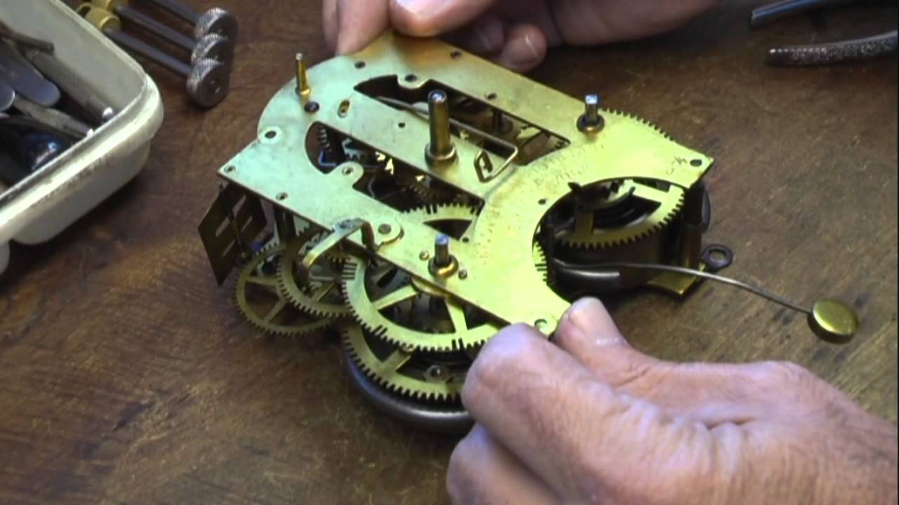antique clock repair specialists